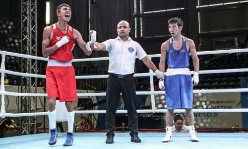 Еще одного казахстанца побил боксер из Узбекистана на Кубке Президента РК