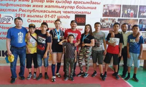 Карагандинские спортсмены завоевали рекордное количество медалей на чемпионате РК по пауэрлифтингу
