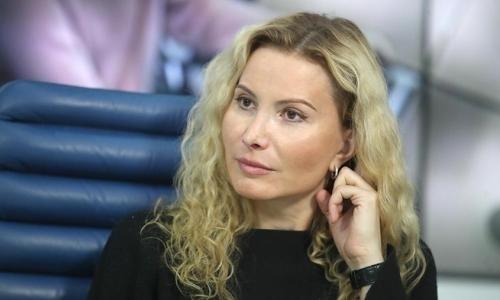 Дочь тренера Турсынбаевой примет участие в юниорском Гран-при в США