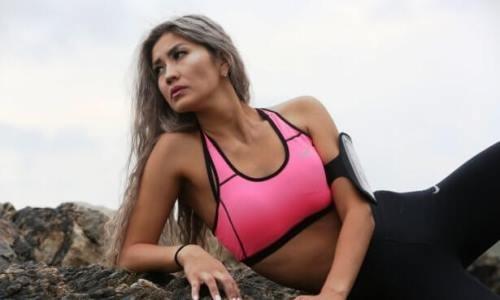 Одна из красивейших волейболисток Казахстана провела огненную фотосессию