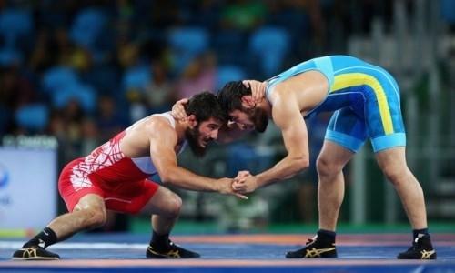 Казахстанец завоевал «серебро» международного турнира по вольной борьбе в Польше