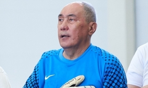 Ветераны казахстанского футбола сыграли за сборную звезд СССР