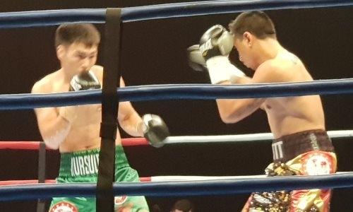 Казахстанский боксер победил австралийца в бою за три чемпионских титула