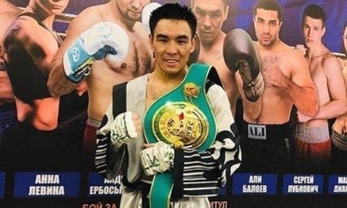 Непобежденный казахстанец был близок к дисквалификации в бою за титулы WBA, WBO и IBF
