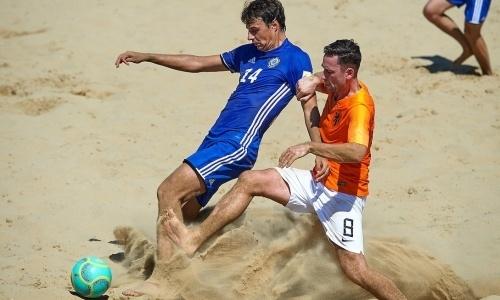 Победа над Голландией, матчи с Чехией и Англией. Как казахстанские «пляжники» играют в Евролиге