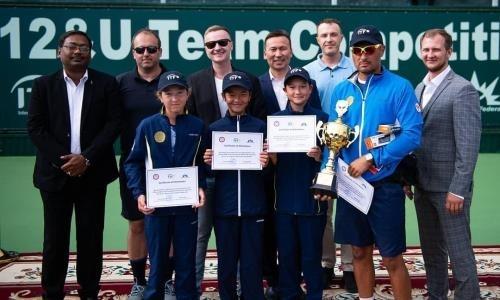 Юные казахстанские теннисистки выиграли командное первенство Азии
