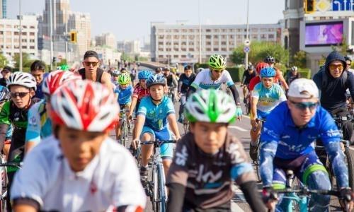 Министр культуры и спорта приняла участие в массовом велопробеге