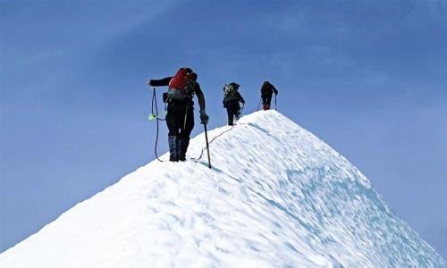 Поиски пропавших казахстанских альпинистов в горах Тянь-Шаня закончились