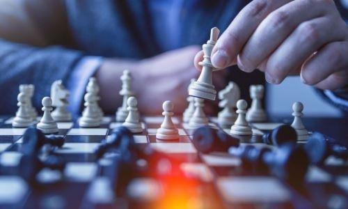 Более чем в 200 школах Казахстана будут преподавать шахматы