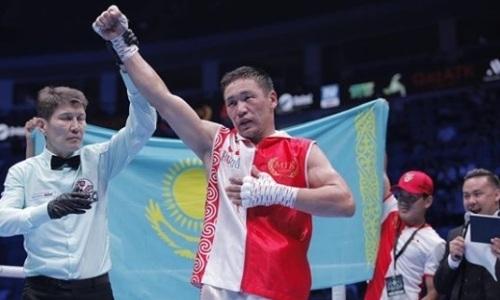 Непобежденный казахстанский боксер нокаутировал соперника экс-чемпиона мира