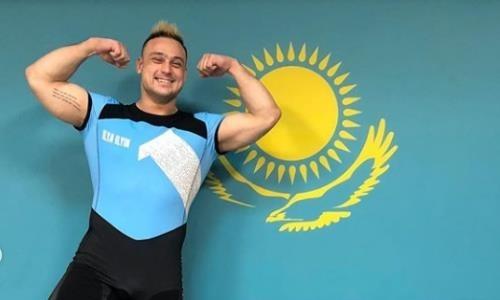 Илья Ильин продемонстрировал спортивную форму перед чемпионатом мира