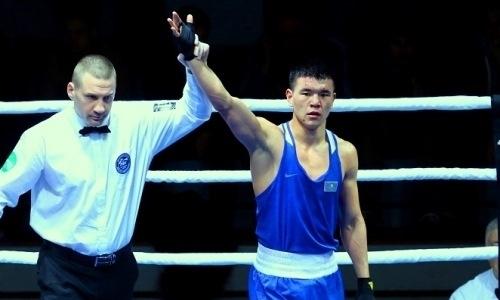 Призер чемпионата мира по боксу из Казахстана вышел в четвертьфинал ЧМ-2019