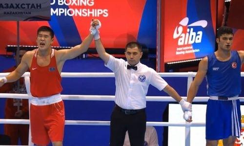 Видео боя, или Как 21-летний казахстанец оформил третий нокдаун на ЧМ-2019 по боксу и гарантировал себе медаль