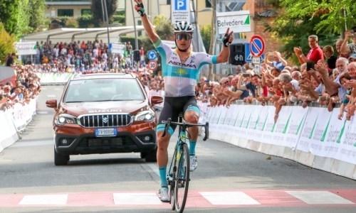 «Всю люди на финише услышали гимн Казахстана!» Луценко — о победе на итальянской гонке