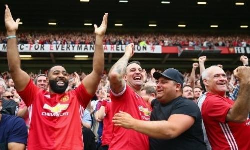 «Они не сдавались до последнего». Как фанаты «Манчестер Юнайтед» отреагировали на ничью с «Астаной»
