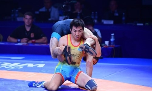 Два казахстанских борца стали пятыми на чемпионате мира в Нур-Султане