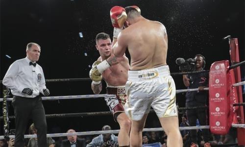 Убойный нокаут в третьем раунде решил судьбу боя за титул чемпиона мира в тяжелом весе. Видео