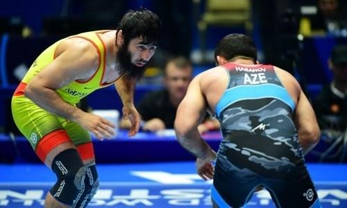 Казахстанский борец получил право сразиться за «бронзу» ЧМ-2019