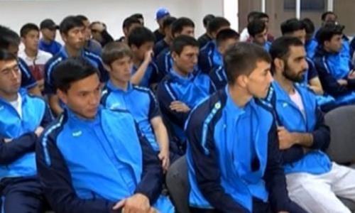 Скандал. Футболисты казахстанского клуба полгода играют бесплатно