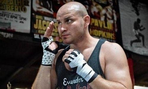 Появились важные новости о профи карьере супертяжа-нокаутера из Казахстана