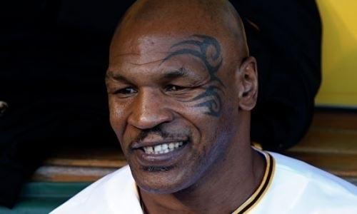 53-летний Тайсон показал, что неразучился боксировать. Видео