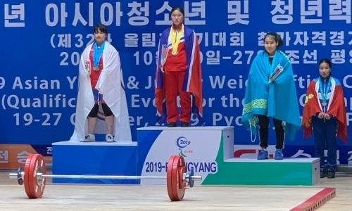 Казахстан завоевал третью медаль на чемпионате Азии по тяжелой атлетике