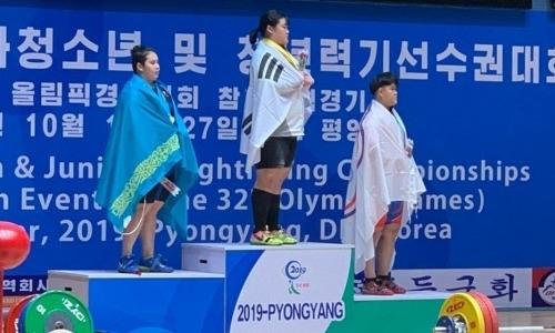 Сборная Казахстана по тяжелой атлетике завоевала еще одну медаль на чемпионате Азии