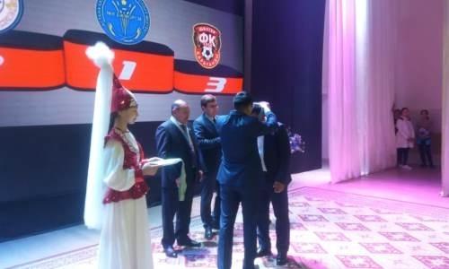 «Арысь» наградили серебряными медалями Второй лиги