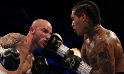 Сын легендарного чемпиона мира жестоким нокаутом выиграл бой за титул WBA. Видео