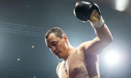 Казахстанский супертяж нокаутировал небитого соперника с 15 победами в первом раунде и взял титул IBO