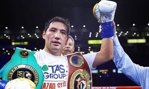 Стал известен гонорар Жанибека Алимханулы за победу нокаутом в бою за титулы WBC и WBO