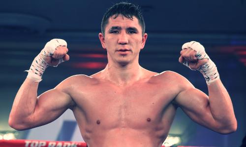 Видео боя, или Как небитый казахстанец четырьмя нокдаунами за пять раундов заставил сдаться соперника с 43 победами
