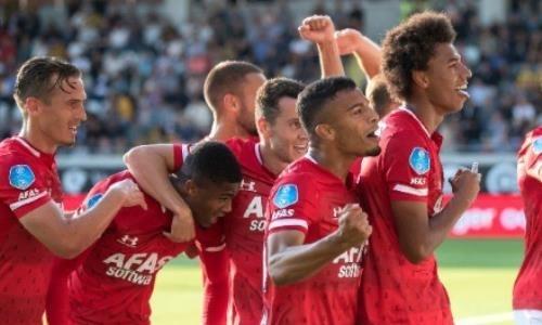 «АЗ» после разгромной победы над «Астаной» уверенно выиграл в чемпионате Голландии