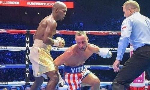 Тренировавшийся с Головкиным чемпион WBA избил и нокаутировал соперника в пятом раунде. Видео
