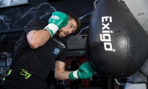 Тренер чемпиона мира назвал конкурентов Головкина за бой на стадионе «Ливерпуля»