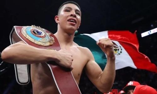Официально объявлен бой чемпиона мира с бросавшим вызов Головкину «Боратом»