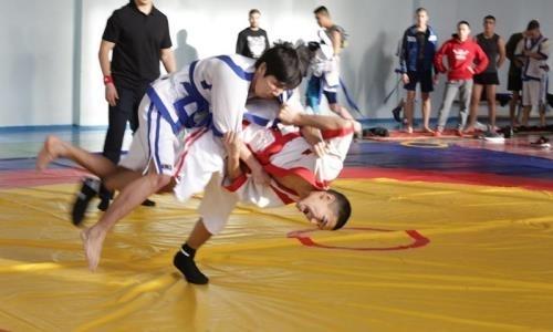 В Москве прошел турнир по қазақ күресі на кубок Посла Казахстана в России