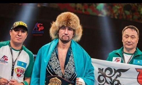 Казахстанский боксер с тремя титулами вплотную приблизился к первой строчке рейтинга WBA