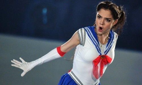 «Почему голая и кто снимал?» Российская соперница Турсынбаевой удивила болельщиков новым фото