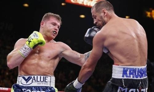 «Канело» номинирован на лучшего боксера года даже без боя с Головкиным