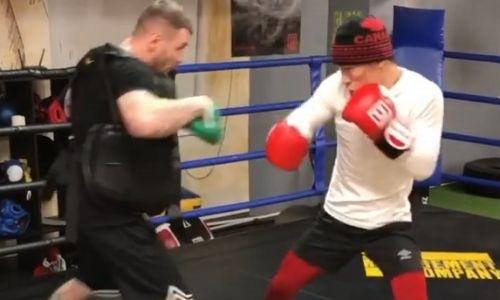 Батыр Джукембаев продолжает подготовку к бою 25 января. Видео
