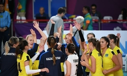 Женская сборная Казахстана вышла в полуфинал квалификационного турнира