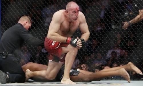 Российский боец UFC после победы в андеркарде Макгрегора установил уникальный рекорд ММА