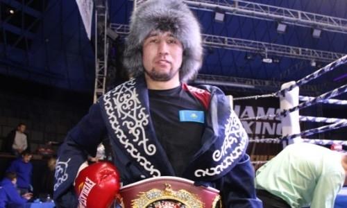 Казахстанский боксер с тремя титулами поднялся в рейтинге WBO после досрочной победы