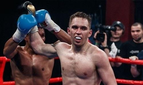 Непобежденный казахстанский боксер побил чемпиона с 27 победами в профи