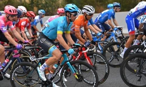 Велогонщик «Астаны» финишировал в десятке лучших на пятом этапе «Тура Даун Андер»