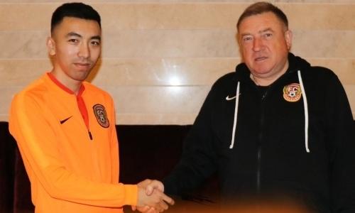 Асланбек Какимов неожиданно подписал контракт с клубом КПЛ