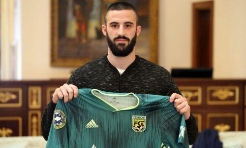 «Тобол» объявил о подписании защитника сборной Амановича