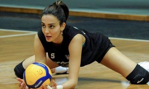 «Даже самые отчаянные фанаты простят». Найдена соперница для самой красивой волейболистки изКазахстана