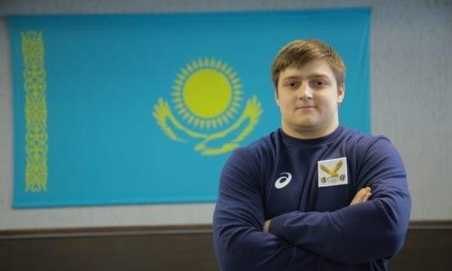 Казахстанский тяжелоатлет взял «золото» на чемпионате Азии среди юниоров